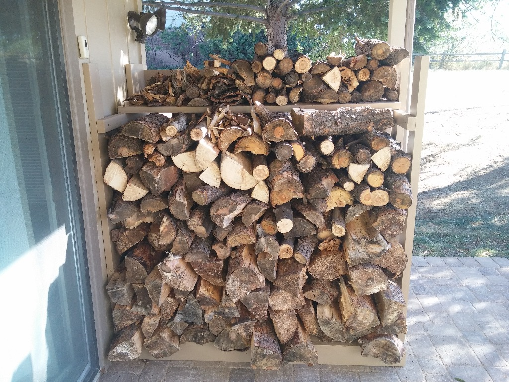 Compact firewood storage